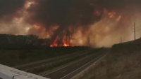 猛暑の豪州、広範囲で山火事発生