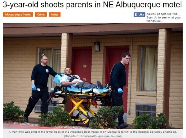 3歳男児、妊娠8か月の母親を誤って撃つ。拳銃は母親のバッグから。(米)