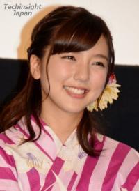 真野恵里菜、ドラマ「とと姉ちゃん」で厳しい女上司演じ、かわいいと話題に