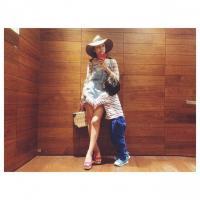 愛らしいショットを披露した紗栄子(画像は『紗栄子 Instagram』より)