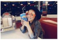 安室奈美恵 束の間の休日にUSJへ 最高の笑顔に「毎日こんな写真投稿してほしい」