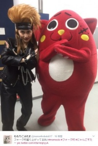 にゃんごすたー、ももクロと共演 X JAPAN『紅』を叩く姿に「すげー猫もいたもんだ」