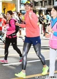 """【東京マラソン】""""神スイング""""稲村亜美 走りでも神フォーム見せた"""