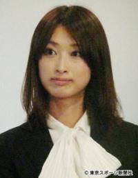 美人すぎる八戸市議・藤川優里氏が結婚を発表