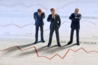 カカクコム、自社株買い発表後も下げ止まらない株価のなぜ?