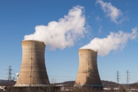 東芝の窮地で改めて注目される原発事業。原子力の功罪とは?