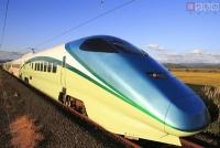 足湯新幹線、初の東京駅乗り入れ 山形新幹線開業25周年で団体用特別列車