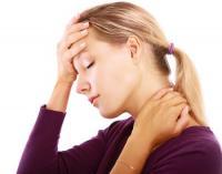 不眠症だけじゃなく…ニキビも!「ホルモンバランスの乱れ」原因の症状5つ