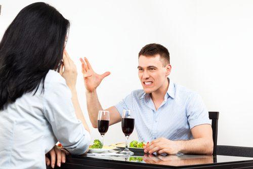 夫が思わず激怒!「夕食で出して...