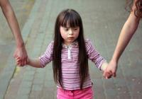親の過干渉が原因!わが子が「失敗を恐れる子ども」に育つ親のNG行為