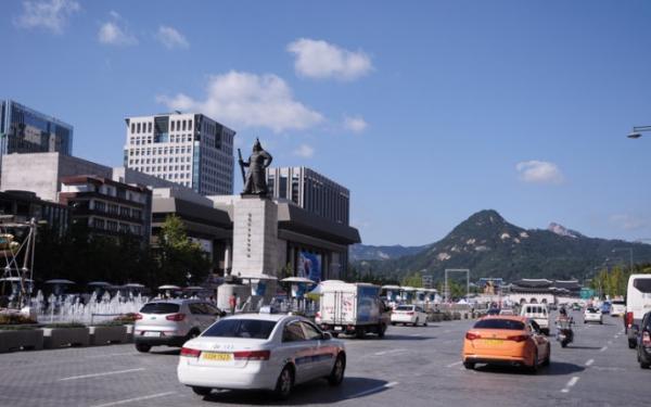 国産車以外はエンブレムにモザイク、主人公の携帯はサムスン・・韓流ドラマの原則、中国メディアも学ぶべき