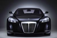 メルセデスの高級車、8億円の「マイバッハ」とは?