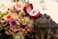 結婚する時、貯金はどのくらい必要? 平均額と、1年で100万円貯める4つの方法