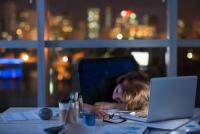 若手メイン=離職率高い?求人広告から見る企業のブラック度