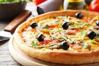 500円ピザ「ナポリ」の遠藤商事、「今年の起業家」に