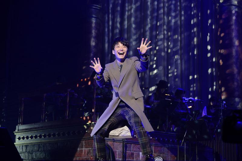 星野源 新作『YELLOW DANCER』を引っ提げたツアーをレポー...