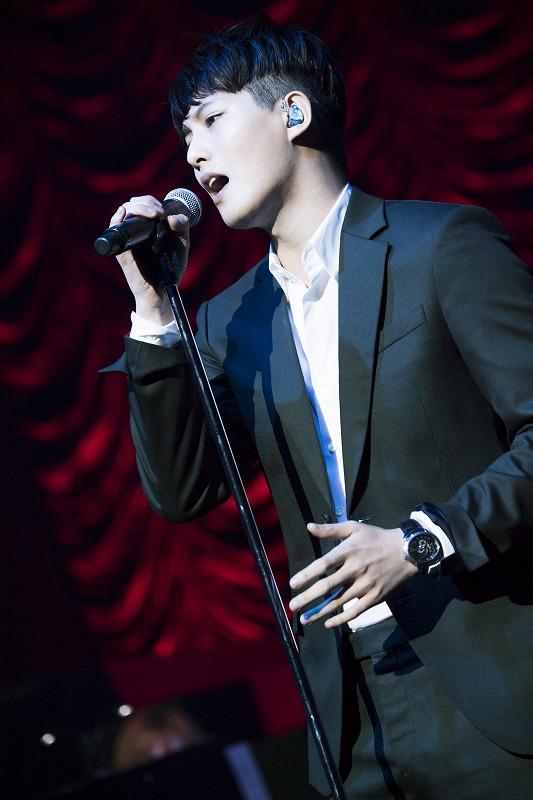 イ・ジョンヒョン(from CNBLUE) 多彩な歌声で魅了した、...