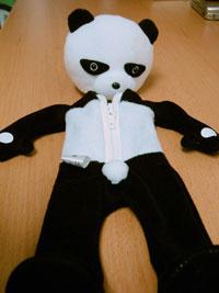 リカちゃんに着せたい、ニヒルなパンダ