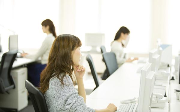 >時短勤務は男女問わず利用できる制度、育児時間は女性のみ