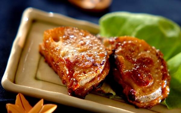 """""""がっつり肉派""""も大満足! 「レンコンの豆腐はさみ焼き」"""