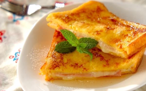 外はカリッ 中はフワッ 朝食にぴったりなモンティクリスト