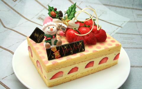 有名スイーツ店がたくさんそろうコレド室町で、クリスマスケーキはいかが?超有名フレンチレストラン\u201dエメ・ヴィベール\u201dのシェフパティシエ金井幹雄氏が手がける、
