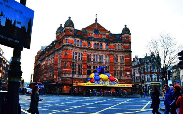 ファストファッションもオシャレにキマる、ロンドン流コーディネート