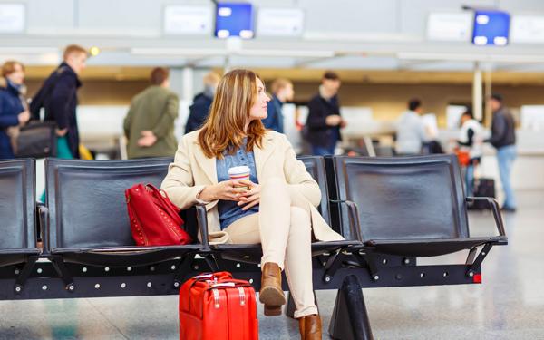 女性の海外ひとり旅を、120%満喫するための簡単なコツ|ウーマンエキサイト コラム