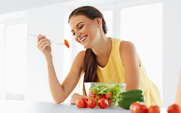 「デブ菌」を寄せ付けない体へ! 健康、美肌への近道「腸内フローラ」を整えるコツ