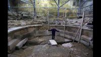 「嘆きの壁」で初の古代ローマの建造物発掘、円形劇場か エルサレム