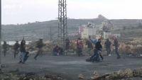 「覆面警官」がデモ隊に紛れ込み発砲、ヨルダン川西岸
