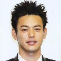 """妻夫木聡がアップした結婚報告写真は""""あの元カノ""""への当てつけ?"""