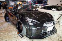 【東京オートサロン2018】GT-Rのオープンカー!? 小さくても迫力満点なカスタマイズカー登場!!
