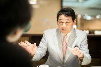 """日本にただ一人の""""天気痛外来医師""""に聞く「どうして雨の日は調子が悪くなるのか?」"""