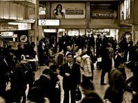 どこが景気回復?G7で日本だけが2000年よりも賃下げという事実