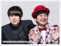ウーマンラッシュアワーの政治ネタ漫才は単なる演説? 権力者を批判する笑いは日本に広がるか