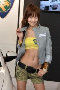 キュッと締まったウエストがセクシーすぎ!(プロトンブース)【東京オートサロン2012】