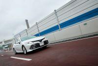 【新車カムリ試乗】アメリカ車を駆逐した「メイドインジャパン」トヨタのミドルセダン