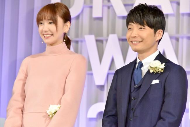 <ドラマアウォード2017>新垣結衣&星野源、5冠達成の『逃げ恥 ...