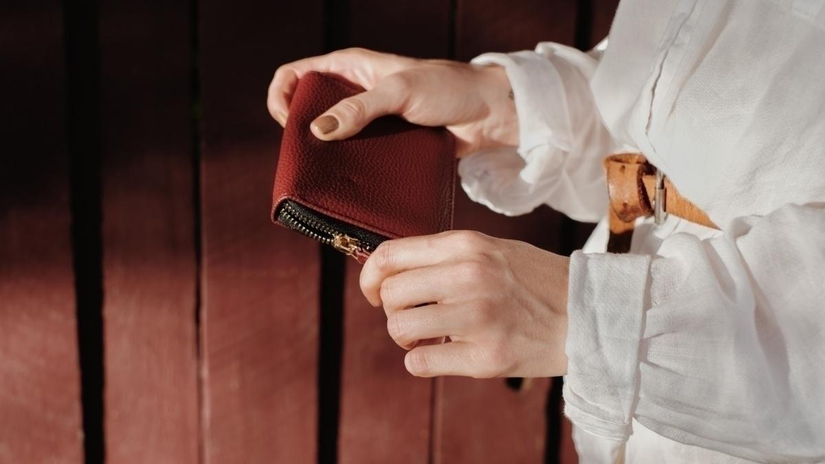 占い 盗ま れる 財布 夢