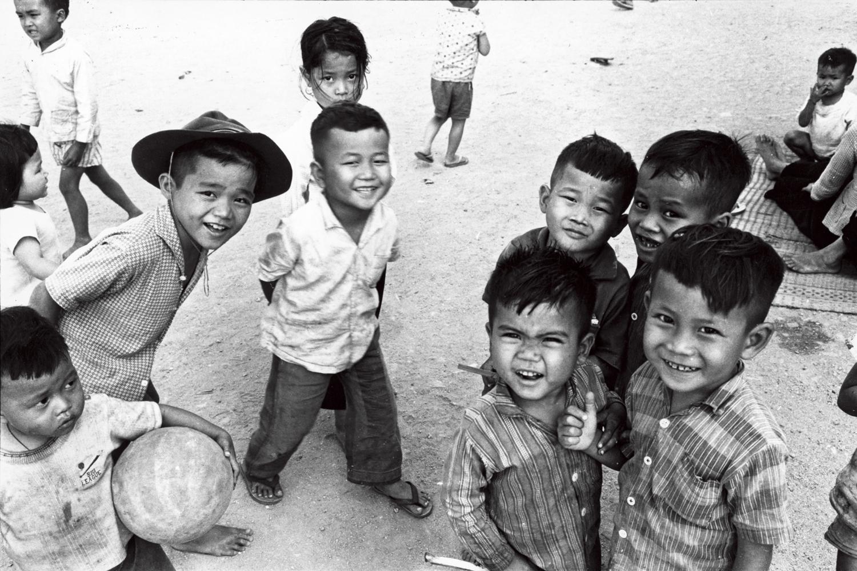 「写真家 沢田教一展 -その視線の先に」京都高島屋で開催。ピュリッツァー賞カメラマンが戦場で見つめた悲しみと希望。写真、遺品、愛用品など約180点を展観。