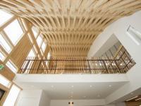 アキュラホームの独創的な中規模木造建築の技術が一般住宅でも展開が可能に
