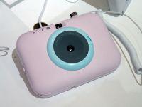LGから「カメラの付いたポケットプリンター」登場、iPhoneから印刷も可能