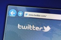 Twitter、複数アカウントからの同一内容投稿を禁止に。複数アカウントからの同時いいねやRTも制限