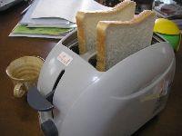 オーブンレンジで「トースト」を焼きにくい理由