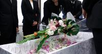 なぜ30万円が120万円に? 葬儀費用のカラクリ