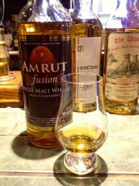 世界で有数のウイスキー消費国インドのウイスキーを飲んでみた