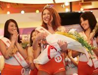 フーターズガール日本一は、ハワイ生まれの大阪人!