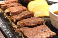 「熟成肉」をステーキガストで実食! 焼けたしょうゆとガーリックのアクセントも あぁ…至福