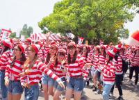 6000人のウォーリーの中に紛れ込む。日本初の「ウォーリーラン」に行ってきた。